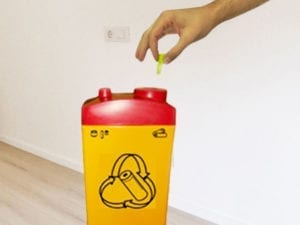 contenedores de plastico para reciclar baterias